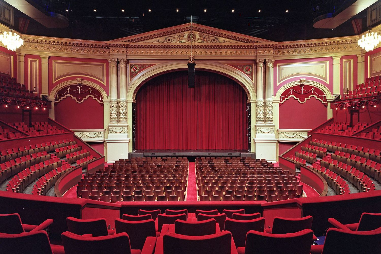 Wie können Sie Ihre Aladdin Tickets im Amsterdam Theatre sichern?